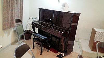 教会のピアノ